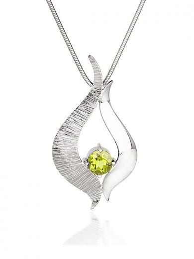 Fiona Kerr Jewellery / Ebb and Flow Large Silver Pendant with Peridot - EF08P