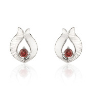 Fiona Kerr Jewellery / Ebb and Flow Silver Stud Earrings with Garnet - EF10G