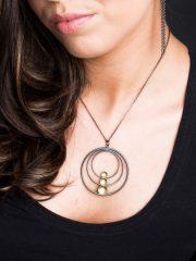 Fiona Kerr Jewellery / Black & Gold Large Pendant – BG09