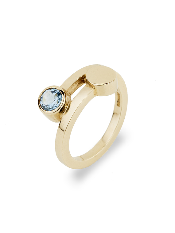 Fiona Kerr Jewellery | 9ct Yellow Gold Ring with Blue Topaz