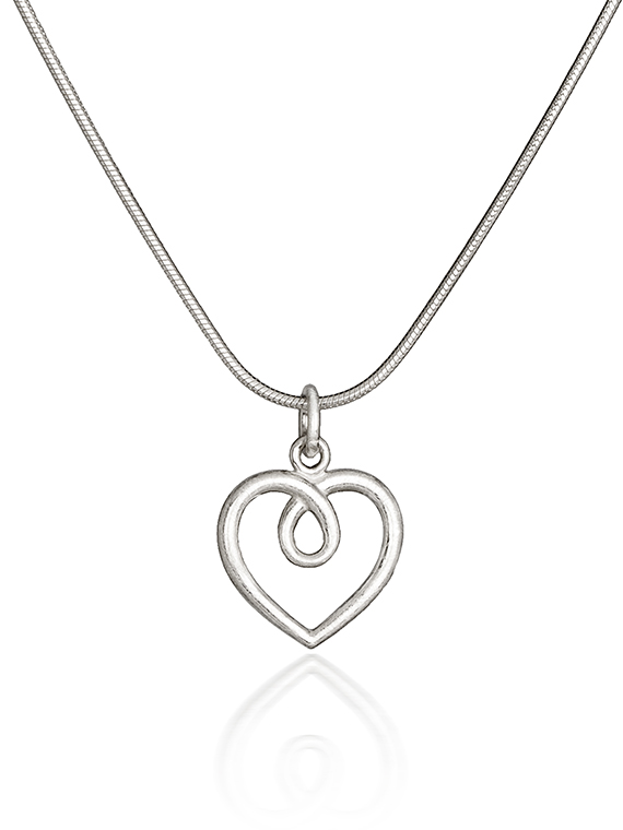 Fiona Kerr Jewellery | Medium frosted silver heart pendant