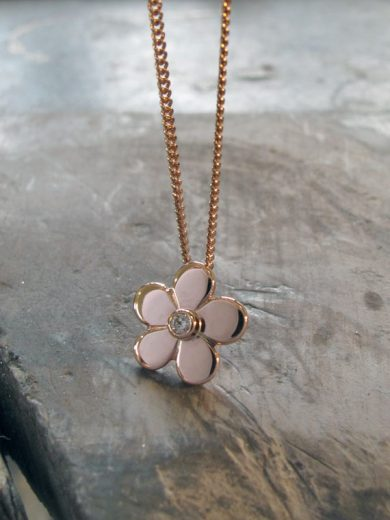 Fiona Kerr Jewellery | Small Rose Gold Daisy Pendant - SRGP